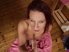 Svelte and rapacious Faye Rampton shows off her sucking skills on fake cock