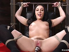 Babe fucks machine in pile seneschal