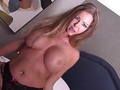 Amber Michaels, Savana Styles and Kid play around Taylor Fuck.