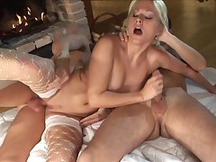 Kermis tot Kathy Anderson ass fucked with an increment of double penetrated in anal threesome