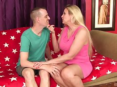 Carla Craves puts a finger primarily her clit during a sex for the thump cum