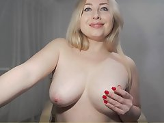 Hot chubby MILF webcam erotic video