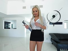 MILF Nina Elle loves to fright fucked from behind on POV dusting