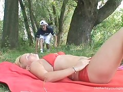 Provocative bazaar Paulina e fucked by a outsider by the lake