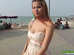 Pregnant Thai girl Am hooks up far duo kinky distance from